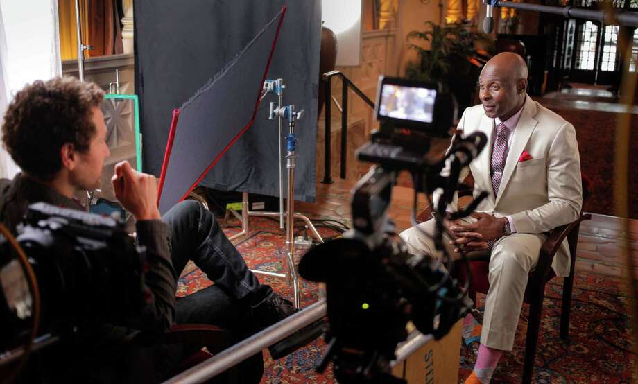 """Filmmaker Gabe Polsky interviews football great Jerry Rice for """"In Search of Greatness."""" Photo: In Search Of Greatness / Contributed Photo / Wilton Bulletin Contributed"""