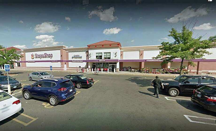 A New Haven woman won $100,000 on a Cash 5 lottery ticket bought at Stop & Shop on Elm Street in West Haven. Photo: Google Street View Image