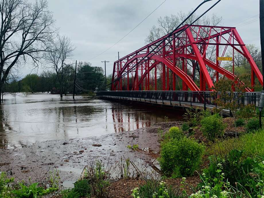 Images of flooding in Midland and Bullock Creek, early morning Tuesday, May 19, 2020. Photo: Fred Kelly/fred.kelly@mdn.net