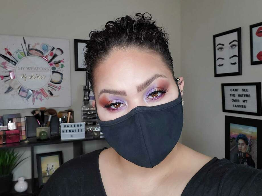 Melina Basnight, who makes makeup tutorials for her YouTube channel Makeup Menaree, shows off a bold eyeshadow look to go with her face mask. Photo: Melina Basnight / Melina Basnight