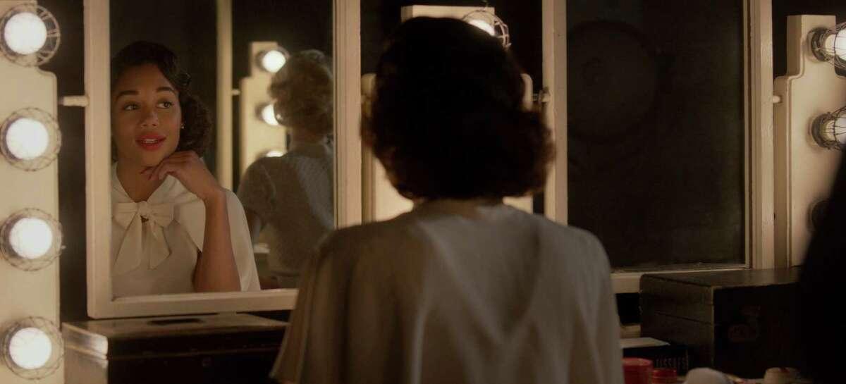 "Ryan Murphy's new series ""Hollywood"" has one season available on Netflix."