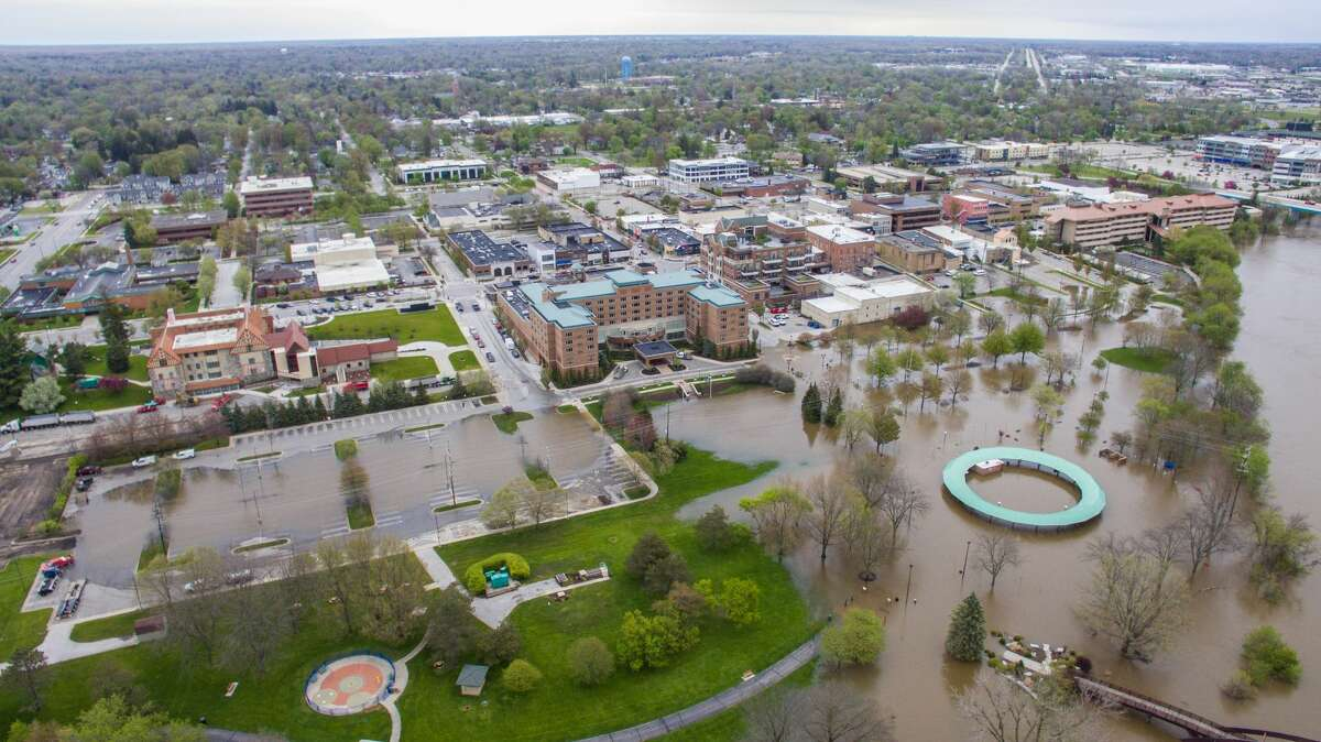 Aerial photographs show flooding in downtown Midland Tuesday, May 19, 2020. (Adam Ferman/for the Daily News)