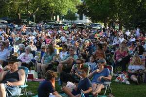 The crowd at the 2018 Branford Summer Jazz On The Green Concert Series.