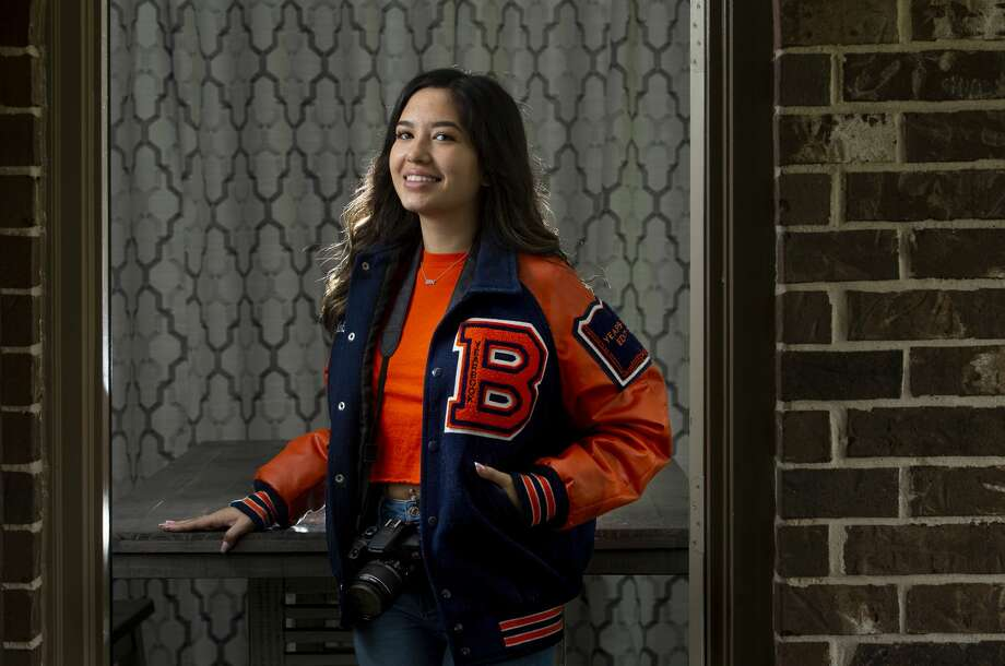 Senior Makayla Nguyen has served on Bridgeland High School's yearbook for three years, this school year as the editor-in-chief. She was originally planning to take a gap year in New York before the COVID-19 pandemic. Photo: Godofredo A. Vásquez, Staff Photographer / ? 2020 Houston Chronicle