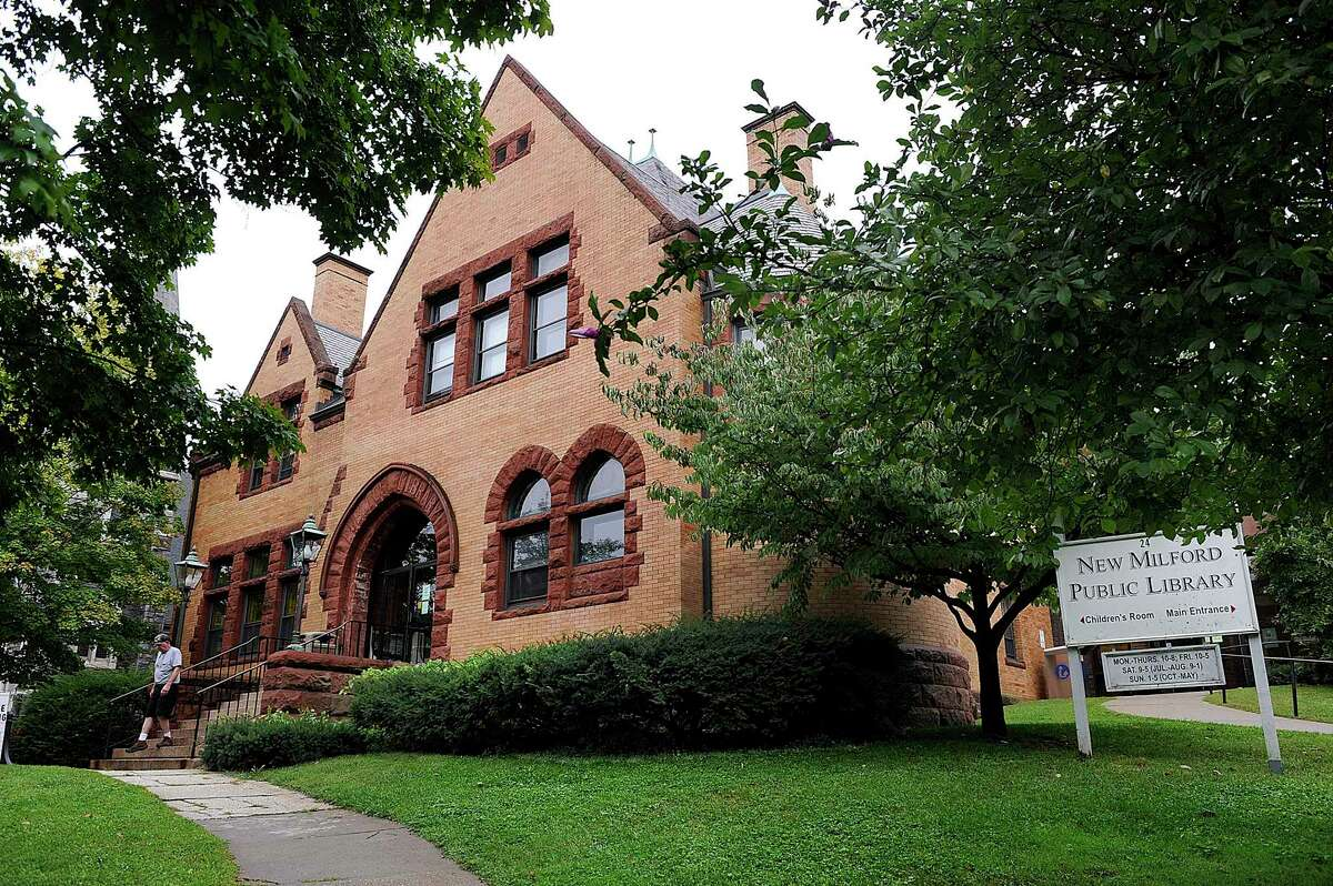The New Milford Public Library is going to ease into patron pick up for books on a trial basis.