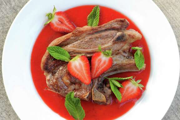 Lamb Chops with Mint Strawberry Sauce