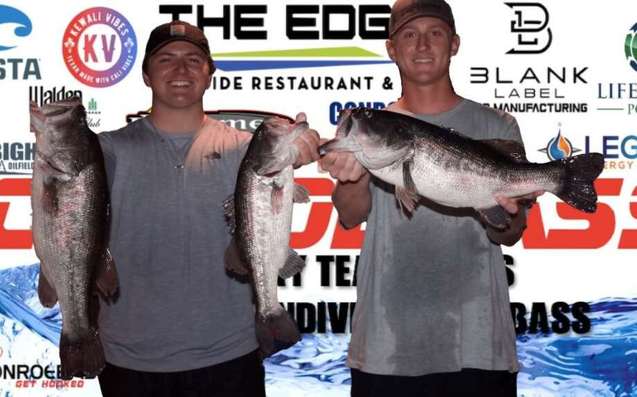 Parker Greer and Derek Pietsch won the CONROEBASS Tuesday night tournament with a stringer weight of 15.55 pounds. Photo: CONROEBASS