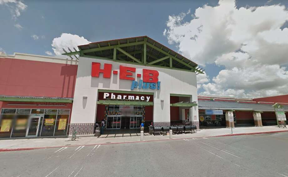 A San Antonio H-E-B employee has tested positive for COVID-19, the grocery chain said Monday. Photo: Google Maps