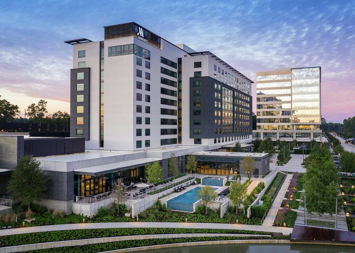 ABSis headquartered in theCityPlace 2 building at 1701 Lake Plaza Drive in Springwoods Village.Edward Jones will occupy nearly 1,400 square feet on the street level of the building.