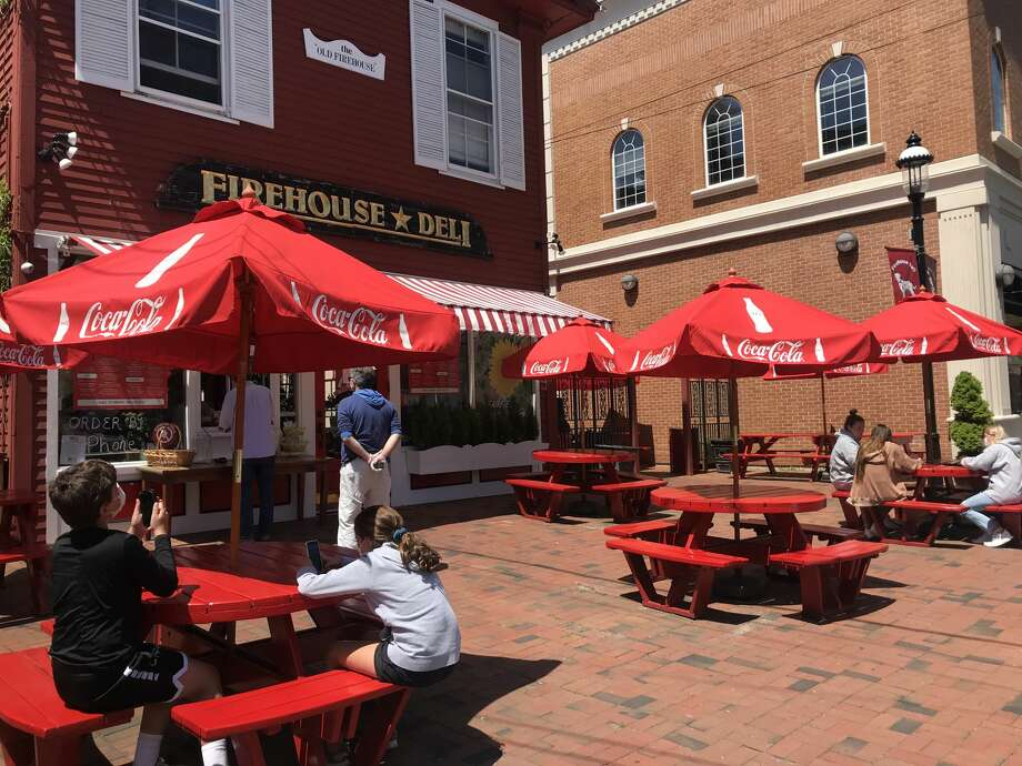 Firehouse Deli, in Fairfield, is seeing steady business as the state enacts phase 1 of reopening the economy on May 20, 2020. Photo: Joshua LaBella/Hearst CT Media