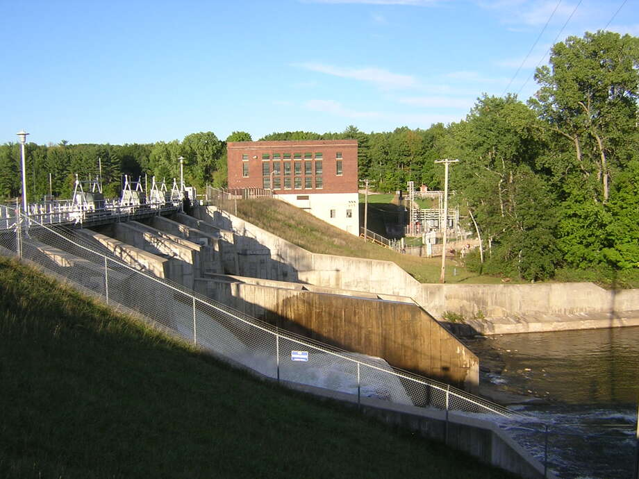 Rogers Dam, which sits on the Muskegon River in Mecosta Township, is the oldest hydroelectric power plant operated by Consumers Energy. As other parts of the state are underwater from flooding, Consumers Energy has assured its 13 dams are operating safely. Photo: Photo Courtesy Of Google Maps