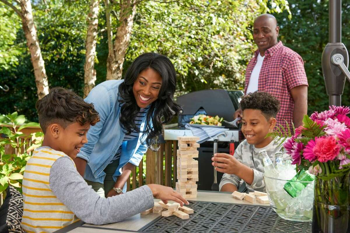 Lowe's Memorial Day event features up to 40 percent savings on select appliances, power tools, patio sets, lawn mowers, grills and more.