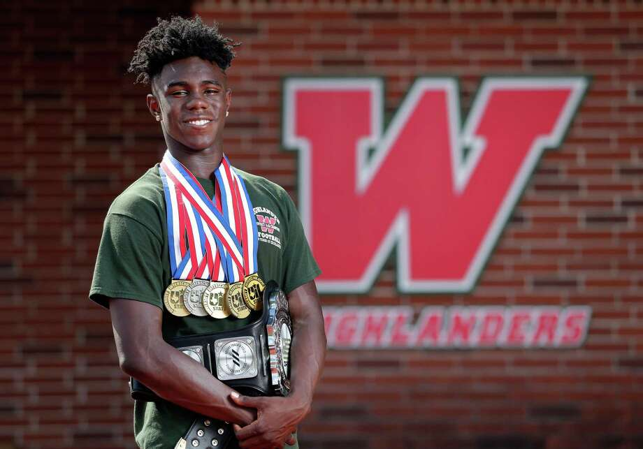 KeSean Carter was a three-sport standout at The Woodlands, competing in football, basketball and track and field. Photo: Michael Wyke, Freelance / For The Chronicle / © 2018 Houston Chronicle