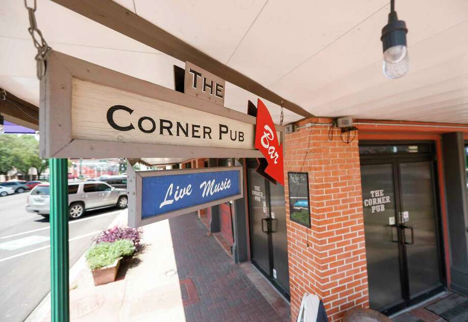 The Corner Pub reopened on May 22 with social distancing and other guidelines under Gov. Greg Abbott's phased reopening of the economy. On June 25, The Corner Pub will be a part of a Sip, Shop and Stroll Pub Crawl in downtown Conroe. Photo: Jason Fochtman, Houston Chronicle / Staff Photographer / 2020 © Houston Chronicle