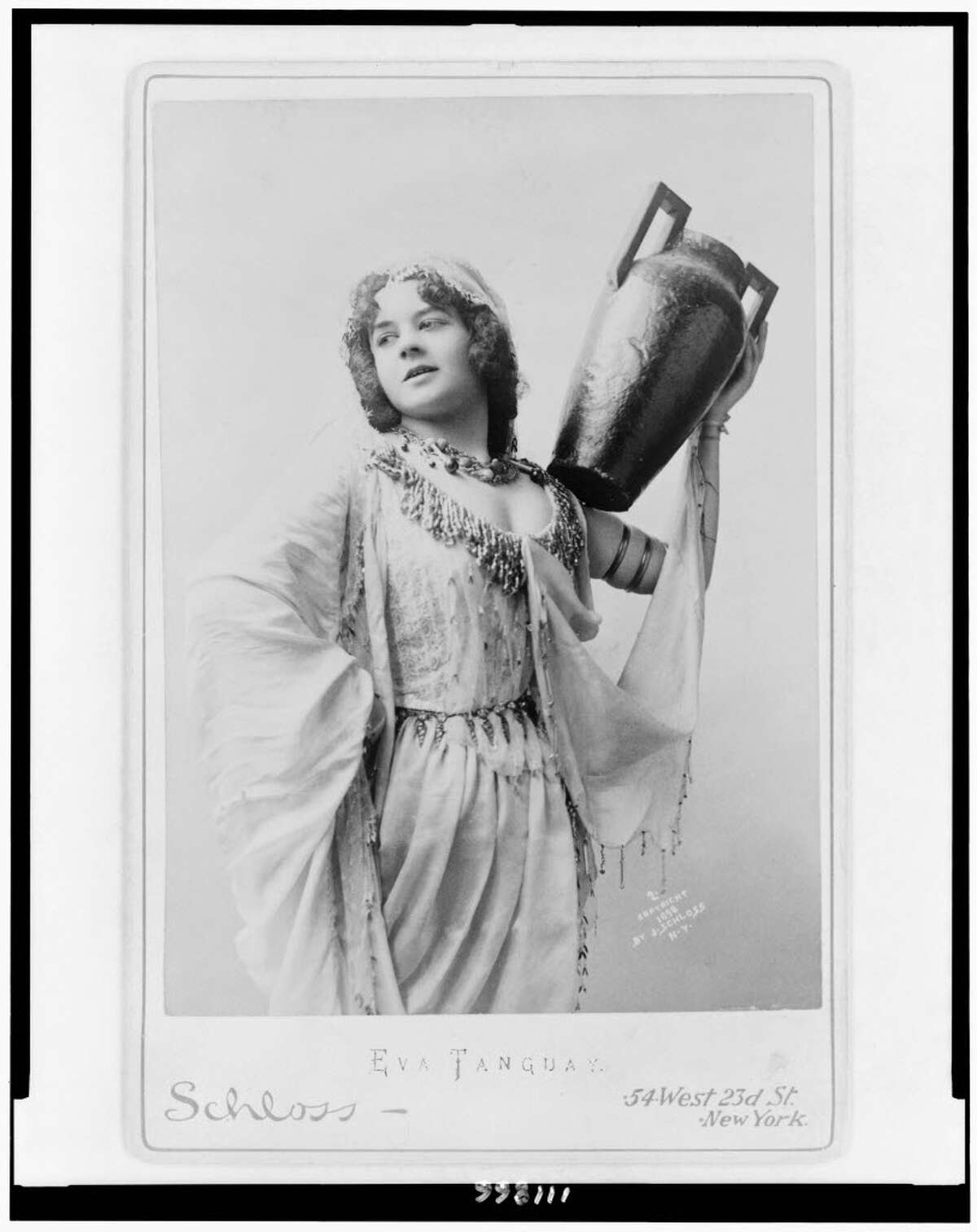 Eva Tanguay, who supposedly haunts Cohoes Music Hall, in 1898. (J. Schloss / Library of Congress)