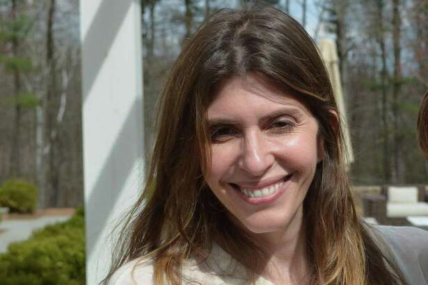 Two days before police say Fotis Dulos attacked his estranged wife, Jennifer Dulos, in her garage of her Welles Lane home in New Canaan, the two had a cordial exchange during a child visitation, according to the court monitor's notes.