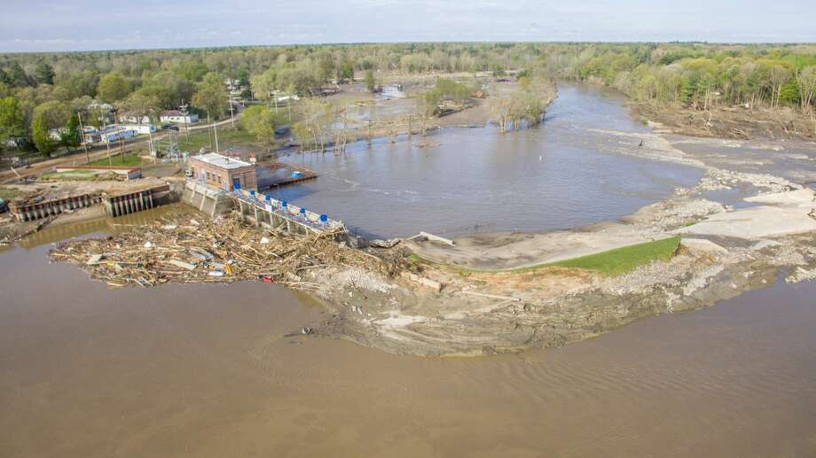 An aerial photo from Friday, May 22 shows the aftermath of flooding at the Sanford Dam in Midland County. Photo: Adam Ferman/For The Daily News