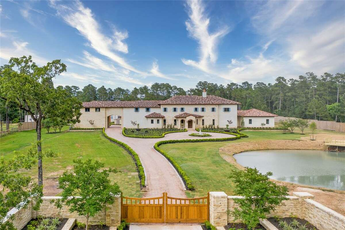 The home was inspired by the winery and resort Castillo Banfi Italy, according to a listing on the Houston Association of Realtors.