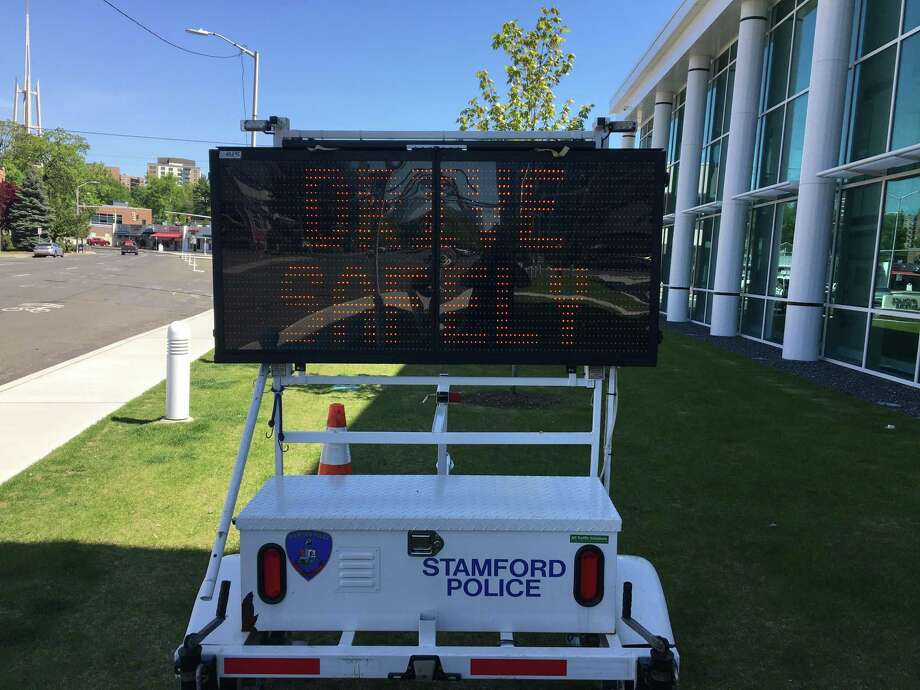 An electronic message board in front of Stamford Police headquarters on Thursday. Photo: Thomas Wuennemann / Contributed
