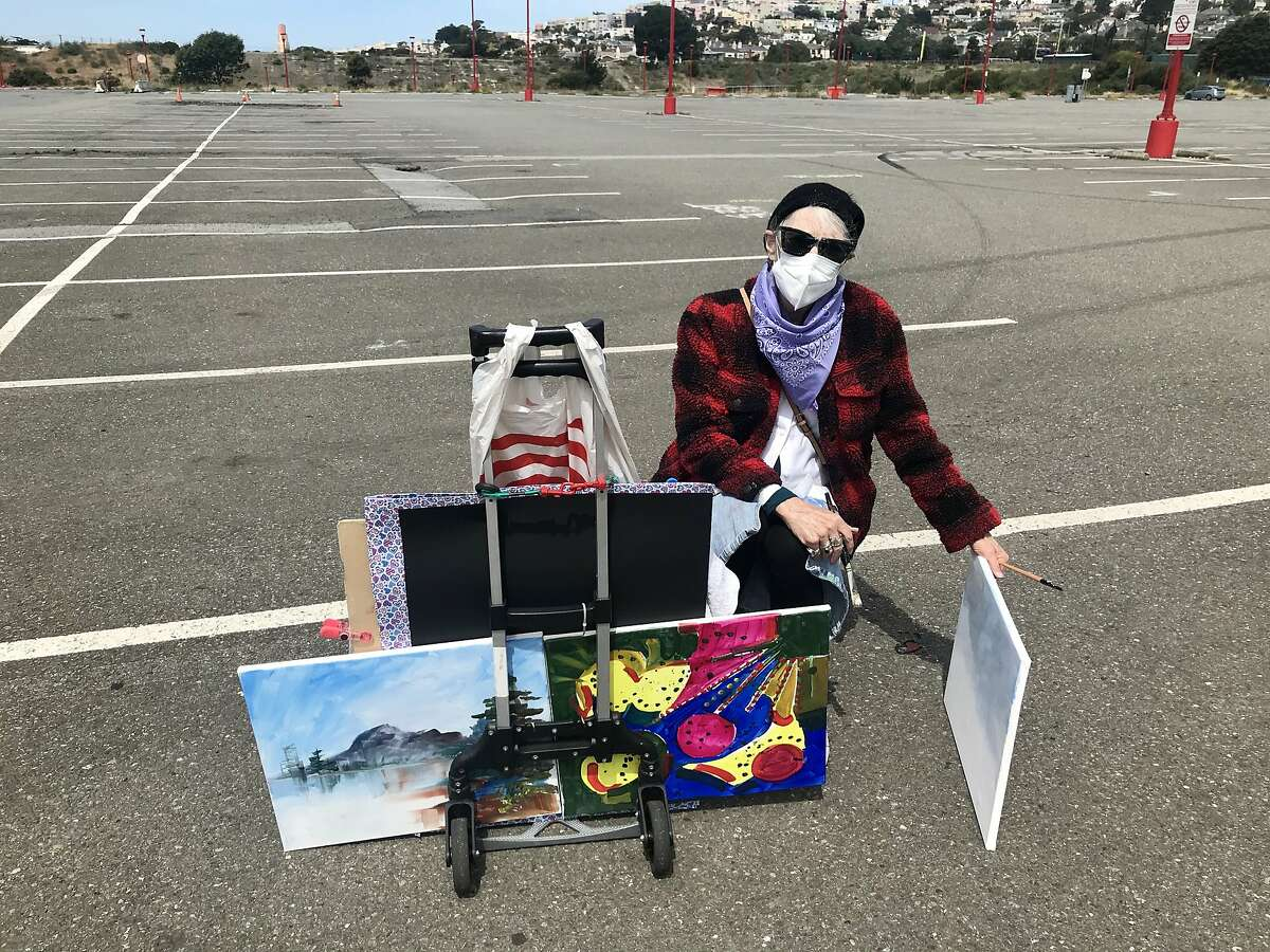 """CCSF art student Ethel Hayes, 75, at """"draw-in"""" to protest planned cut of CCSF's art program at Fort Mason"""