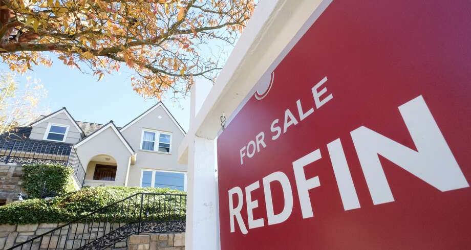 The novel coronavirus pandemic may have caused some sellers and buyers in the Seattle housing market to take a step back and hold off on their plans to move.But it appears the Seattle housing market is starting to bounce back again, with a rise in newly pending sales and new listings compared to last month. Photo: Stephen Brashear / 2017 Getty Images