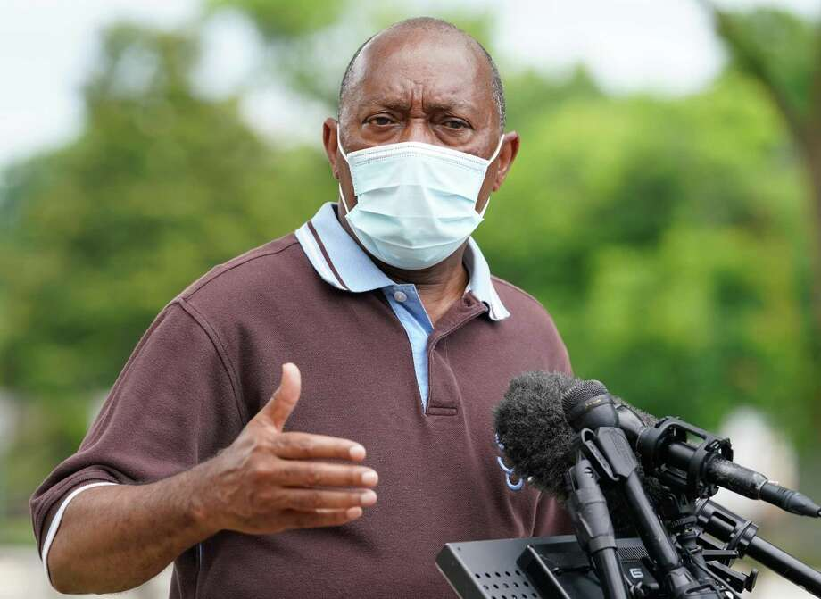 Houston Mayor Sylvester Turner speaks during a media conference Sunday, May 24, 2020 about enforcing the 25 percent capacity rule at area establishments amid the COVID-19 pandemic. Photo: Melissa Phillip, Staff Photographer / Houston Chronicle / Houston Chronicle
