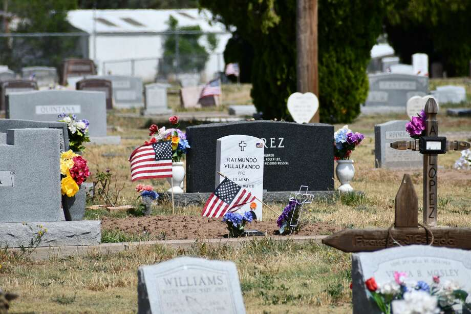 Veterans' graves were still marked by flags for Memorial Day over the weekend, even as other traditional ceremonies were forced to be canceled as a result of COVID-19. Photo: Ellysa Harris/Plainview Herald