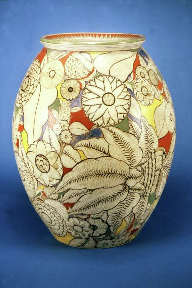 A 1925 Tonalá container from Jalisco, Mexico. Photo: San Antonio Museum Of Art
