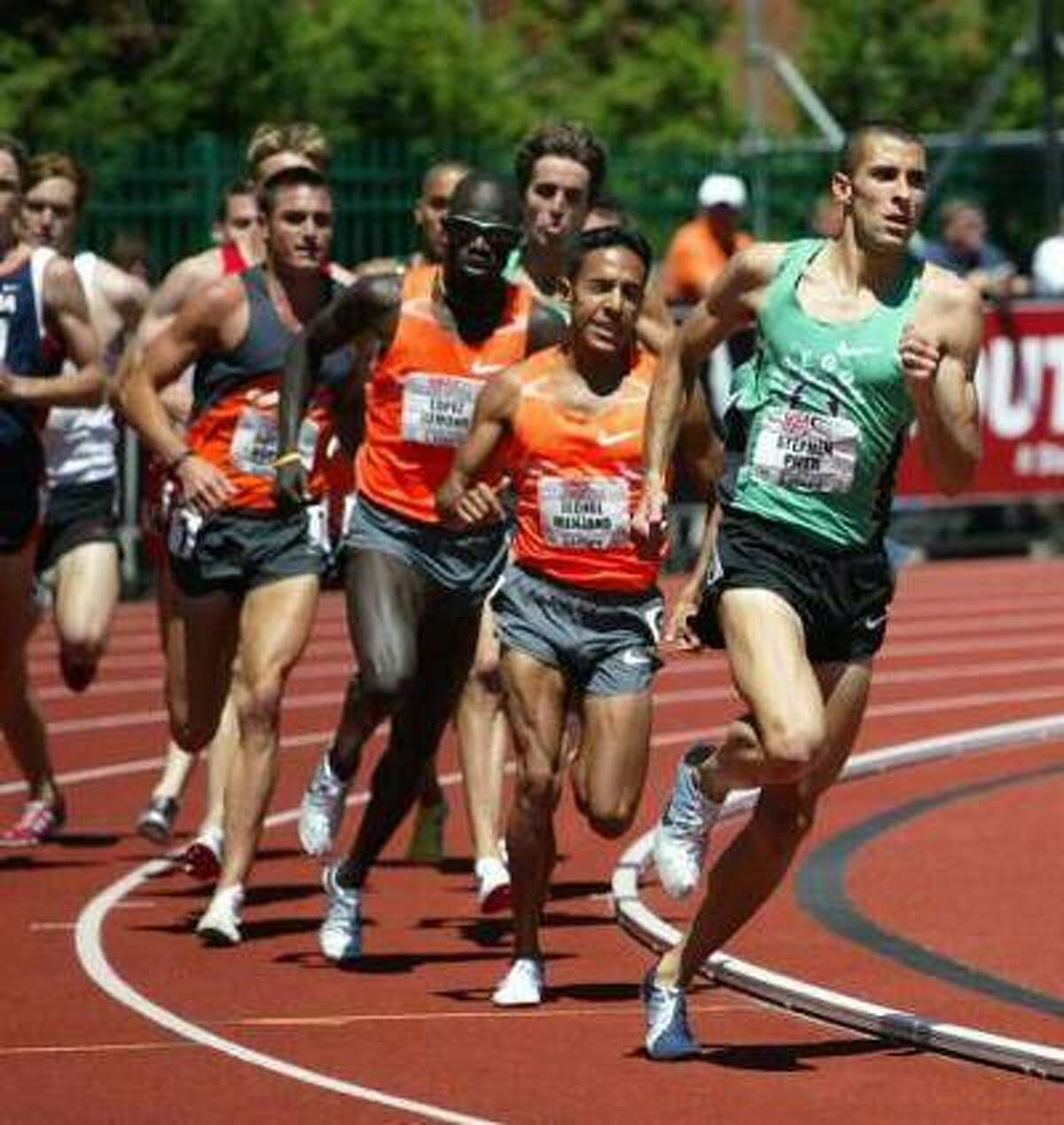 Former Edwardsville High School standout Stephen Pifer, right, competes in the 1,500-meter run at the USA Outdoor Championships in 2009.