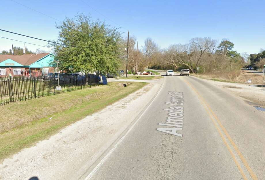 The 4100 block of Almeda Genoa in Houston is seen on Google Maps Street View in December 2019. Photo: Google Maps