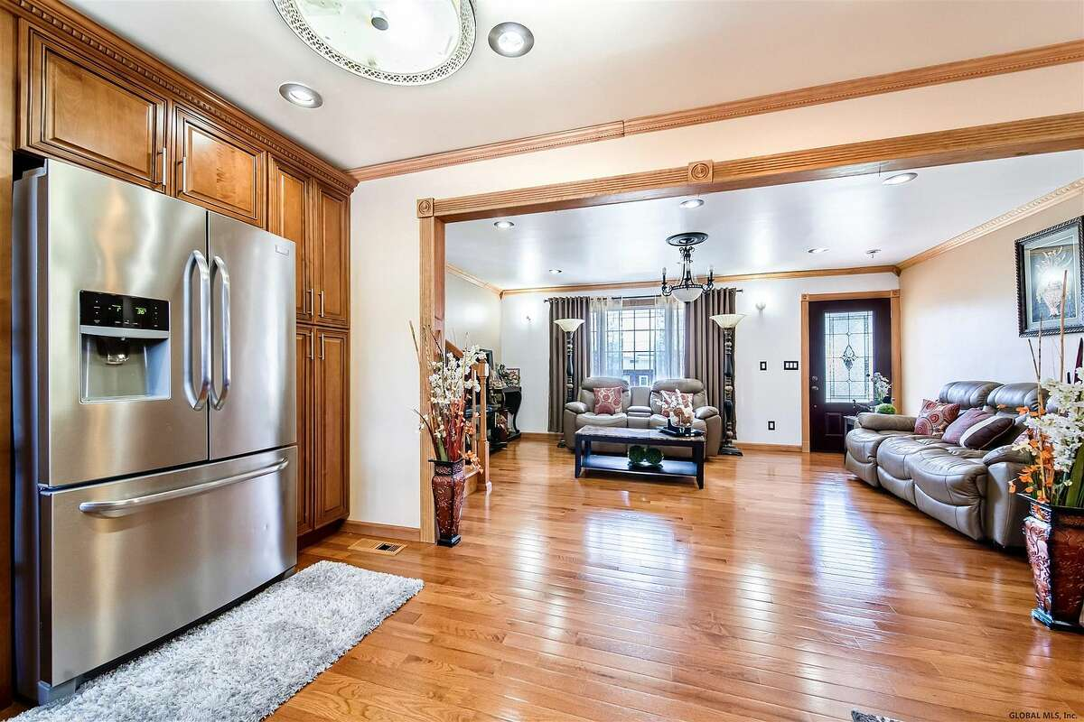 $249,000.138 Dartmouth St., Schenectady, 12304,. View listing
