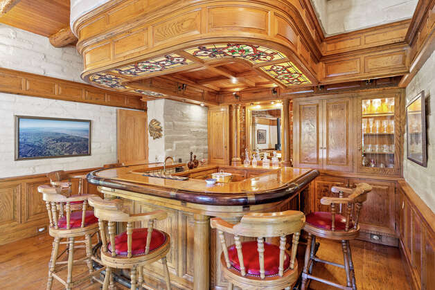 Markkula likes to play cribbage at the cowboy bar in the main home, according to the Wall Street Journal. Photo: Courtesy Hall And Hall