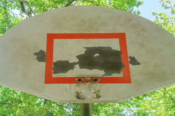 When covering the baskets at the Beaumont Sports Complex with chicken wire and trash bags didn't stop people from playing basketball there, the City removed the hoops. Photo made on May 7, 2020. Fran Ruchalski/The Enterprise
