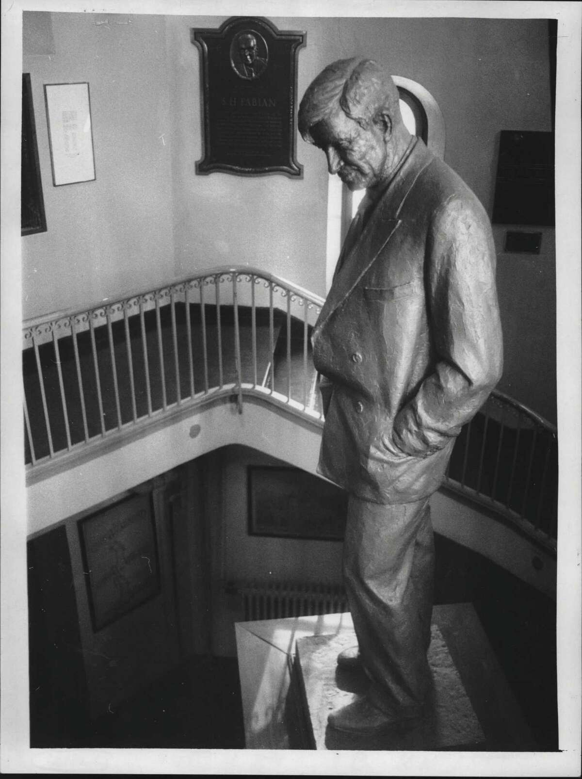 A statue of comedian Will Rogers stands inside the Will Rogers Memorial Hospital in Saranac, New York. December 18, 1975 (Roberta Smith/Times Union Archive)