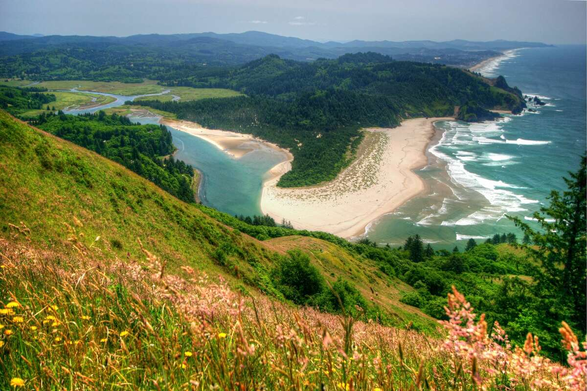 The view from the Cascade head trail, north of Lincoln City, Oregon. It's a 3-hour return walk from the trailhead to this viewpoint.