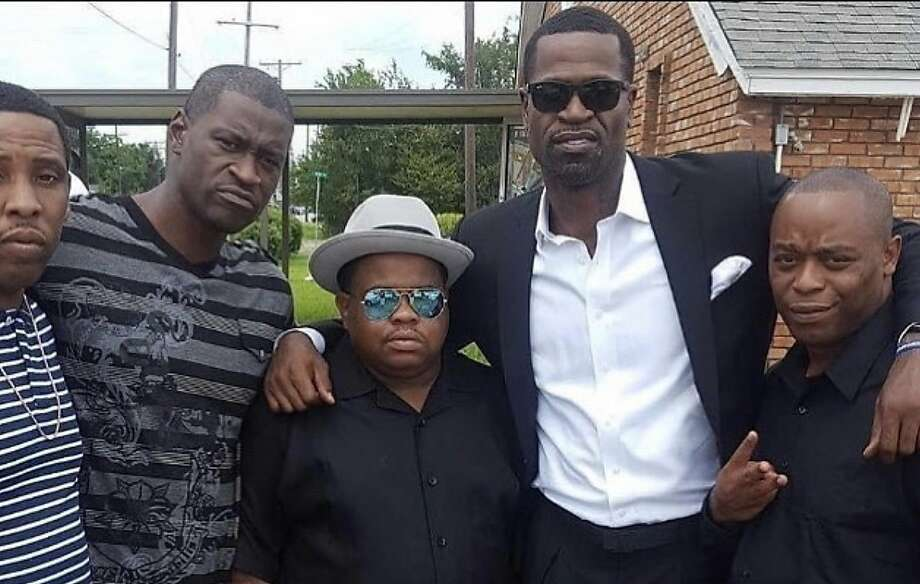 Stephen Jackson (second to right) poses for a picture with George Floyd (second to left) and friends. Photo: Courtesy Of Stephen Jackson