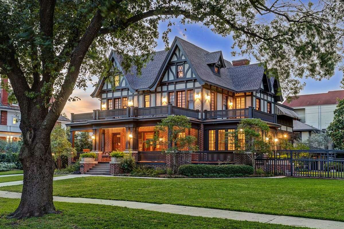 This historic Houston house just hit the market in Montrose.