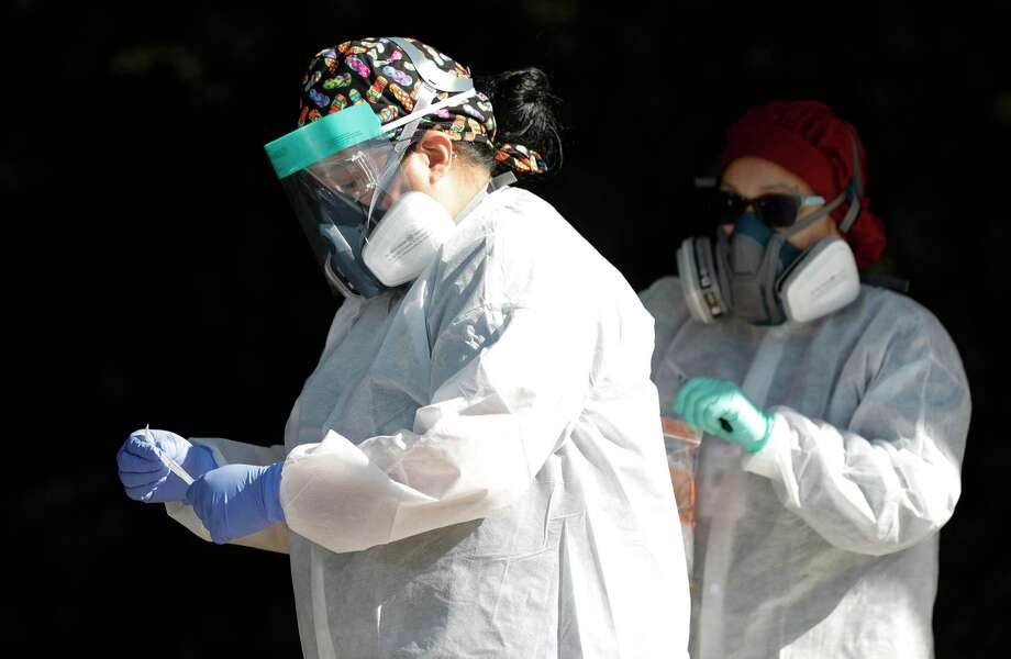 As the number of people hospitalized due to COVID-19 dropped to its lowest Wednesday, health officials confirmed the county's 32nd death from the virus and 40 additional cases. Photo: Jason Fochtman, Houston Chronicle / Staff Photographer / 2020 © Houston Chronicle