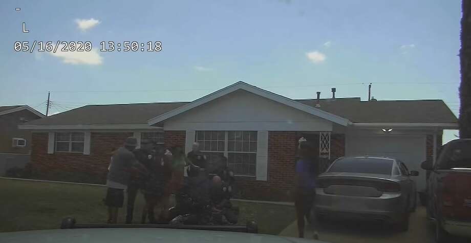 Screenshot of the Midland police dashcam footage release last Friday of the arrest of Tye Anders. Photo: Midland Police Department