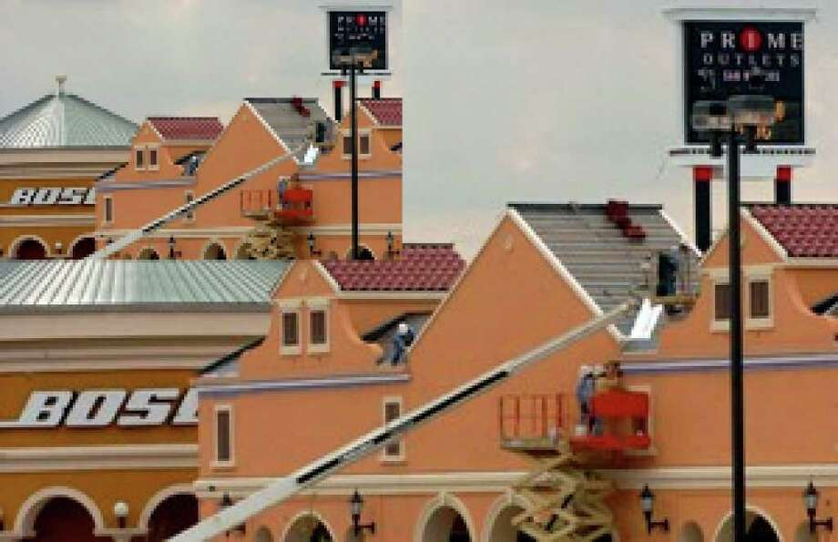 Prime Outlet Mall in San Marcos is included in the deal that has Simon Property Group buying Prime Outlets.