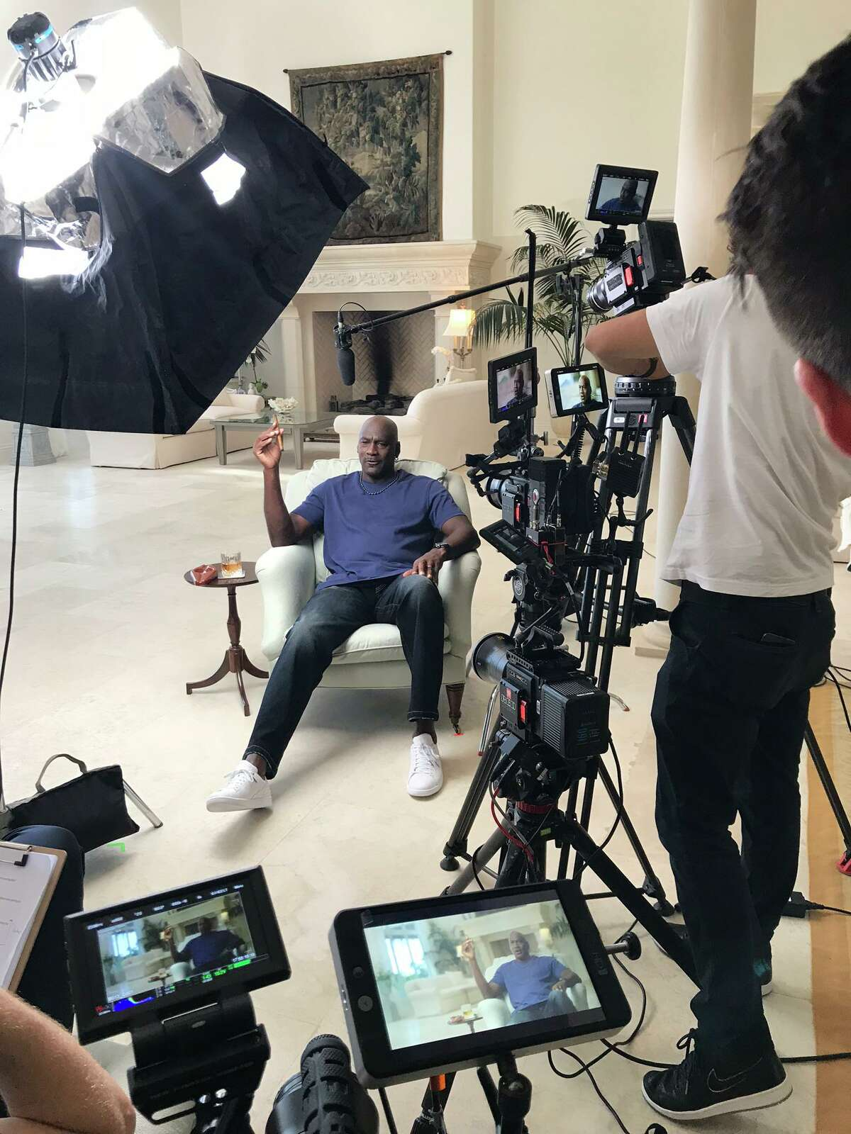 Michael Jordan, detrás de las cámaras durante la filmación del documental de ESPN