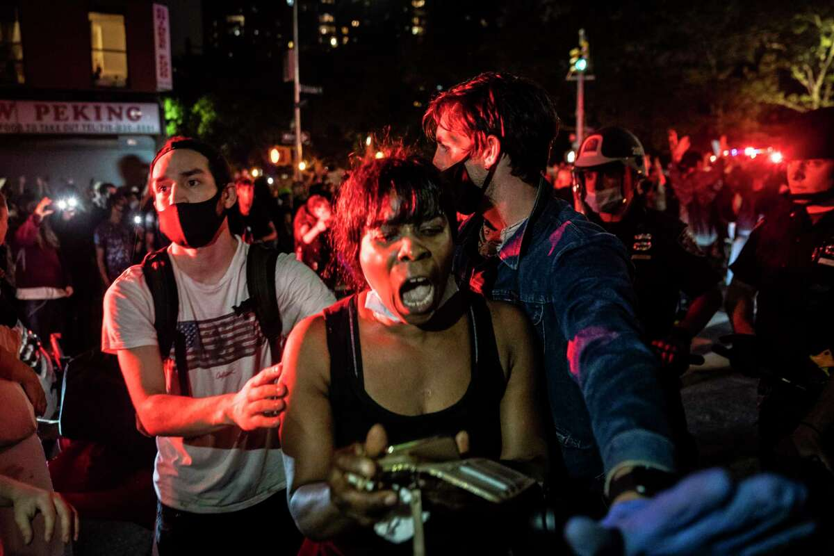 On Friday night, protesters took to the streets in Brooklyn near the 88th Police Department Precinct in New York.