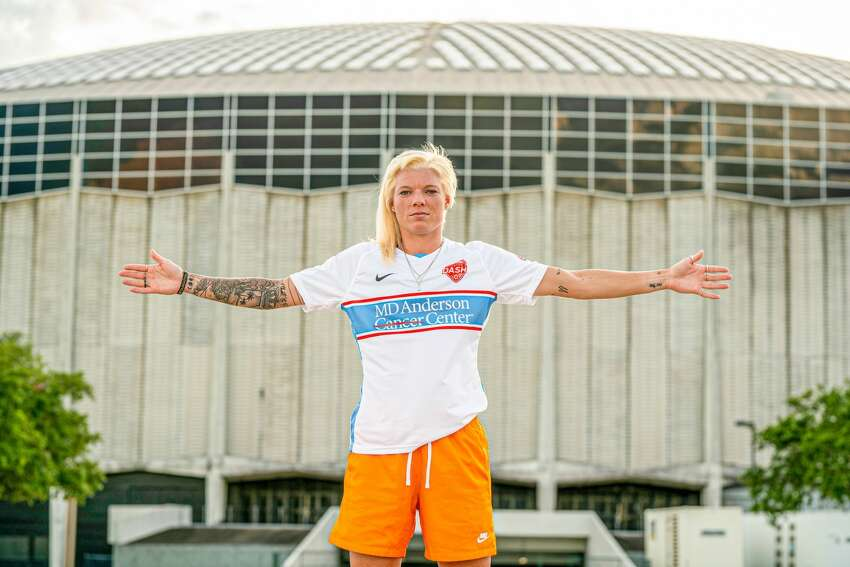 Houston Dash goalkeeper Jane Campbell in the team's new alternate uniforms, which pay tribute to the Houston Oilers.