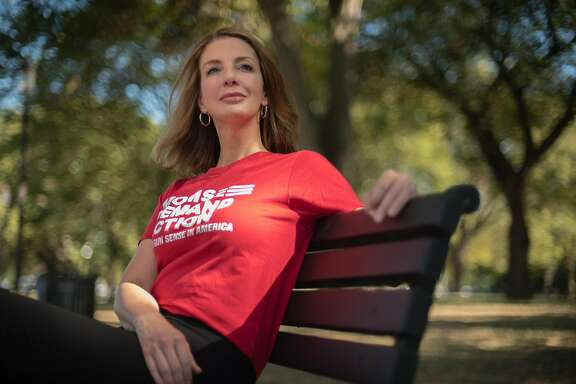 WASHINGTON, DC -- SEPTEMBER 25: Shannon Watts is the founder of the gun safety group, Moms Demand Action, the nations largest grassroots organization fighting to end gun violence.  For Just Asking Profile. (photo by Andre Chung for The Washington Post via Getty Images)