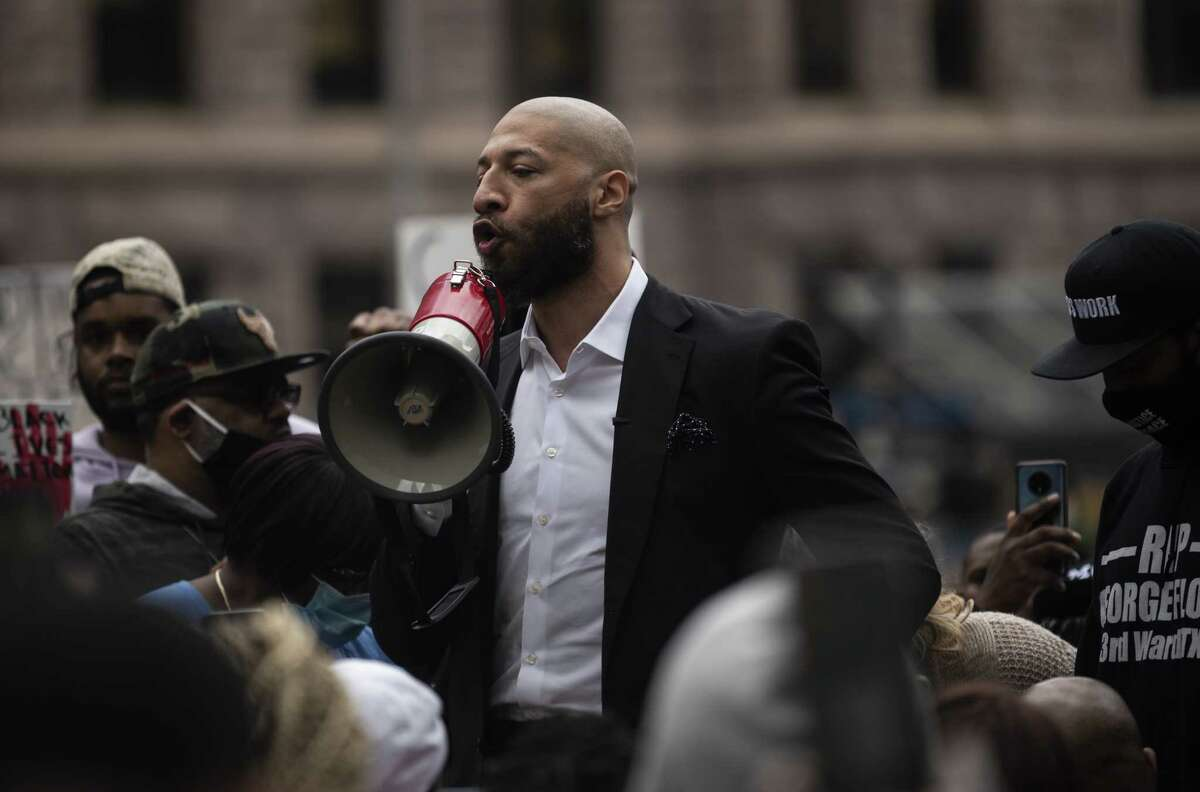 Former NBA player Royce White, a Rockets draft pick, speaks during a protest outside the Hennepin County Government Center on May 29 in Minneapolis. White, a Minnesota native, joined fellow former NBA player Stephen Jackson calling for the prosecution the officers involved in the killing of Houston native George Floyd.
