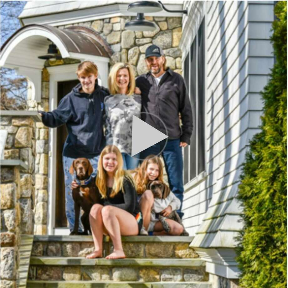 """The Front Steps Project — Mary Wade """"I started 'The Front Steps Project' in Darien on March 29, 2020. Other local photographers followed suit. I also took photos of businesses that were open for online and phone orders. These are my photos."""" Photo: Mary Wade"""