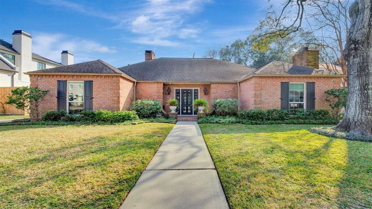 Briargrove's 6127 Valley Forge Dr. is listed at nearly $1.1 million.