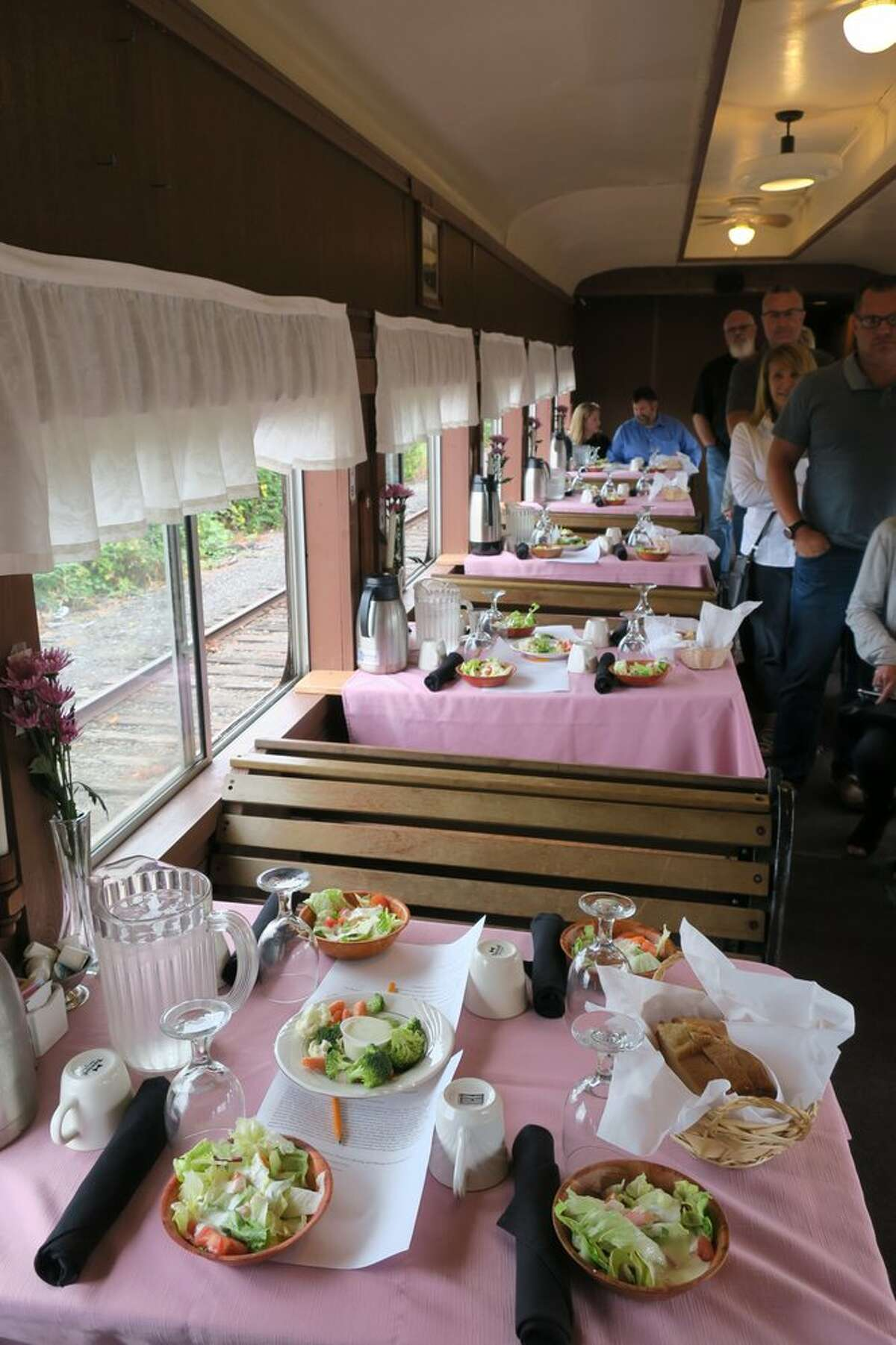 The Chehalis Centralia Railroad and Museum recently announced its season start date, inviting friends, families, and railroad aficionados to nab their reservations aboard for weekend excursion on Saturday, June 20, or Sunday, June 21.