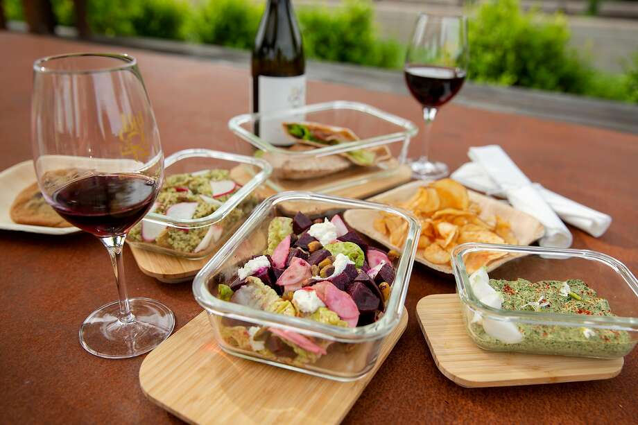 A picnic meal at Bricoleur Vineyards in Windsor. Photo: Brittany Hosea-Small / Special To The Chronicle