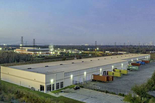 High Street Logistics Properties acquired Cedar Crossing Distribution Center, a 129,527-square-foot distribution facility at 3710 Cedar Blvd. in Baytown. The building is leased byMerih Cotton Corp.